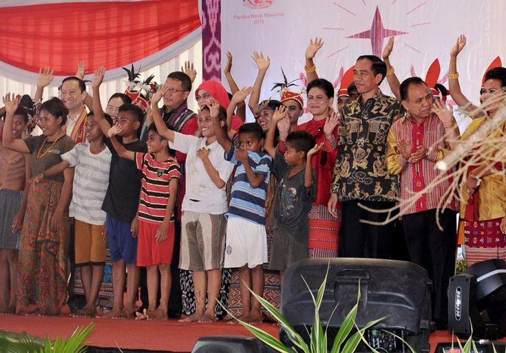 Adzan berkumandang di rumah jabatan Gubernur Nusa Tenggara Timur (NTT), Kupang