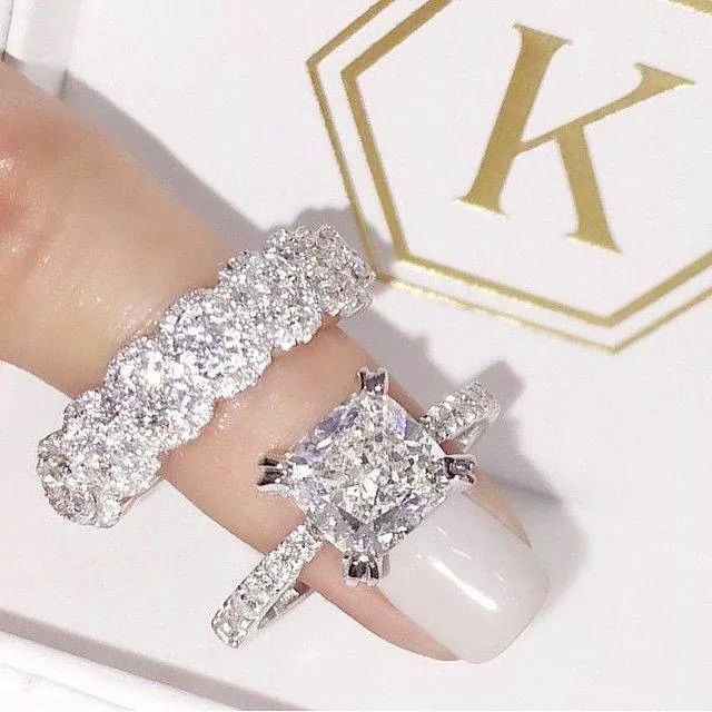 Perfect combination! Love the thick wedding band with the thin engagement band!!