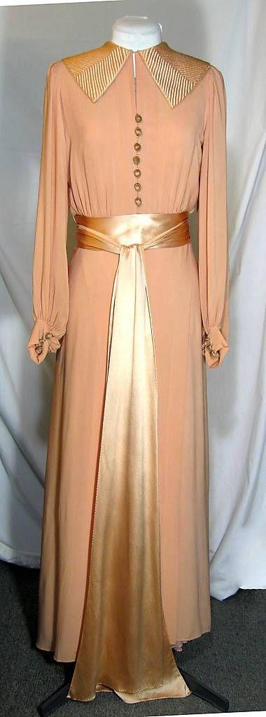 Art Deco Peach Dressing Gown, Negligee and Slip. Marshall Field Curve Hugging, Bias Cut, Circa 1933.