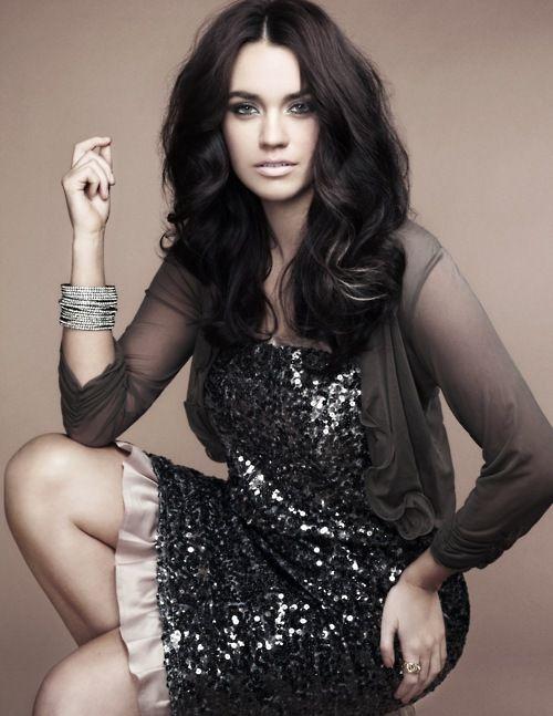 madisonplus:    Model: Laura Wells (Wilhelmina)  Photographer: Ashlee Gray