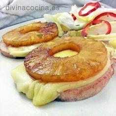 CHULETAS DE CERDO CON PIÑA. Se preparan en 5 minutos y visten tu mesa de fiesta y alegría, ¡energía para el domingo! VER RECETA >>>http://www.divinacocina.es/chuletas-de-cerdo-con-pina/