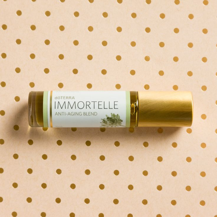 Composed of some of the richest and rarest oils, Immortelle Anti-Aging Blend helps to beautify and nourish the skin.