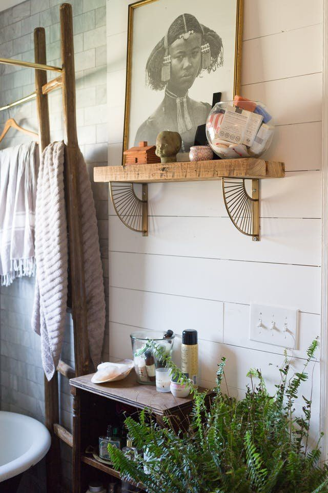 Real Bathrooms That Expertly Tackle A Lack Of Storage