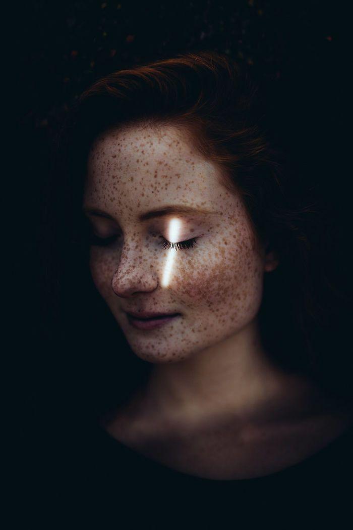 40 portraits magnifiques qui prouvent que les taches de rousseur sont belles - page 5