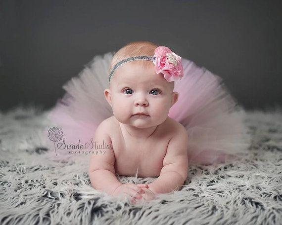 Gris+crema+rosa+de+bebé+tutu+Selena+tutu+por+MudpiesandPigtails