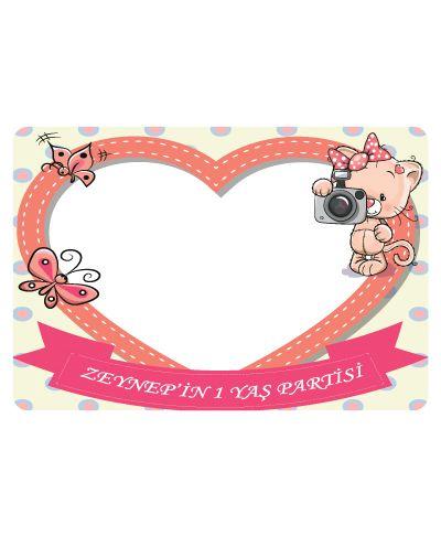 Doğum günü parti süslemeleri için Minik Kedicik Hatıra Fotoğrafı Çerçevesi ürünümüzü online olarak uygun fiyatlar ile satın alabilirsiniz