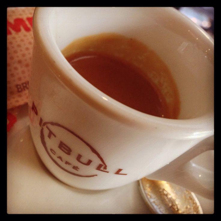 Coffee time ☕️#coffee #time #corsocomo #pitbullcafe #garibaldi #isola #time #day #work #kiss #friends #follwers #instagram #foursquare #tumblr #pinterest #twitter #filter (presso Pitbull Cafe'-corso como-Mi)