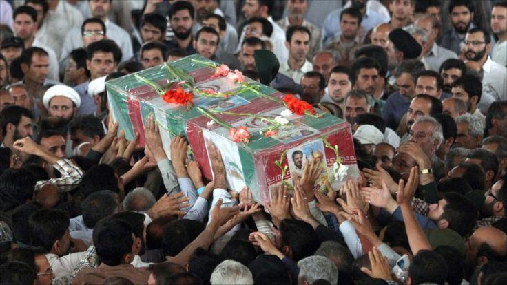 KIBLAT.NET, Teheran – Media Iran kembali mengungkap kematian milisinya yang tewas dalam pertempuran dengan mujahidin di Suriah. Kali ini, komandan lapangan milisi Syiah Liwa Fhatimiyun dilaporkan tewas di tengan mujahidin. Kantor berita Iran, Ahlul Bait, seperti dinukil alkhaleejonine.net, Ahad malam (17/04), Ali Bayat yang merupakan komandan lapangan Liwa Fhatimiyun tewas dalam pertempuran dengan pejuang Suriah. …