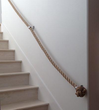 17 best images about basement ideas on pinterest - Pasamanos de cuerda ...
