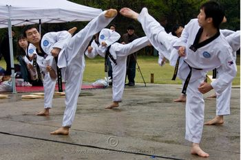 10 ways to improve your Taekwondo kicks.... already knew these tips but I'm going to pin this anyway!! <3 <3 TKD