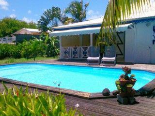 Les 25 meilleures id es de la cat gorie piscine priv e sur for Caravelle piscine