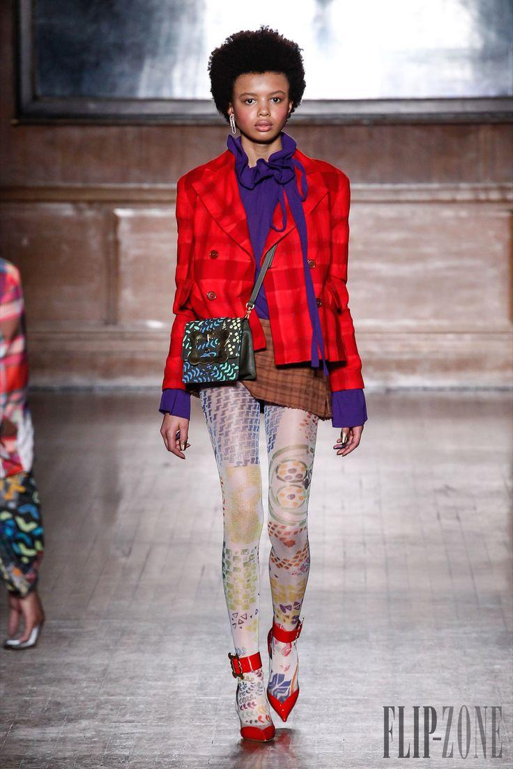 Vivienne Westwood Red label, F/W 2016-2017 - Ready-to-Wear - http://www.orientpalms.com/Vivienne-Westwood-6078