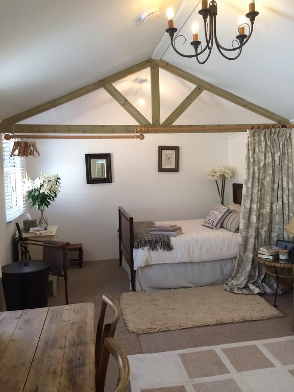 Booking.com: Marine Lodge , Whitstable, UK - 98 Guest reviews . Book your hotel now!