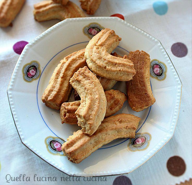 Biscotti krumiri alla banana senza uova #eggless
