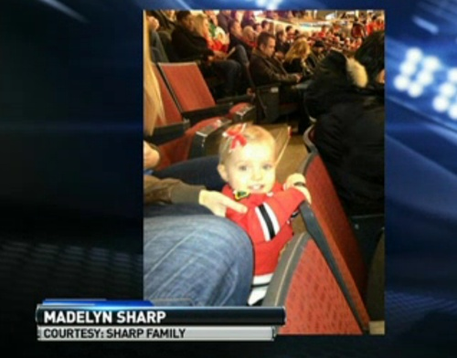 Madeyln Sharp at her first Blackhawks game this year.  So PRECIOUS!!!  I love this family!