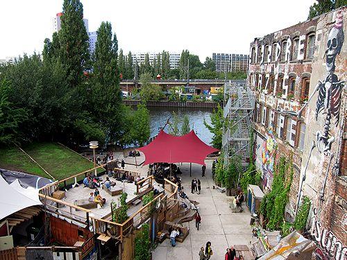 Wenige Locations in Berlin wecken eine so hohe Erwartungshaltung. tip-Autor Rock Davis gönnte sich einmal den Feiermarathon im neuen Hotspot der Partymetropole Berlin.