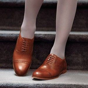 Cole Haan Mackenzie Oxford, otherwise known as the perfect brown brogue.  Bummed they went on sale to almost nothing and I didn't buy them when I could have.  It's really hard to get that brown right, plus they were comfortable and excellent quality.  Sigh.