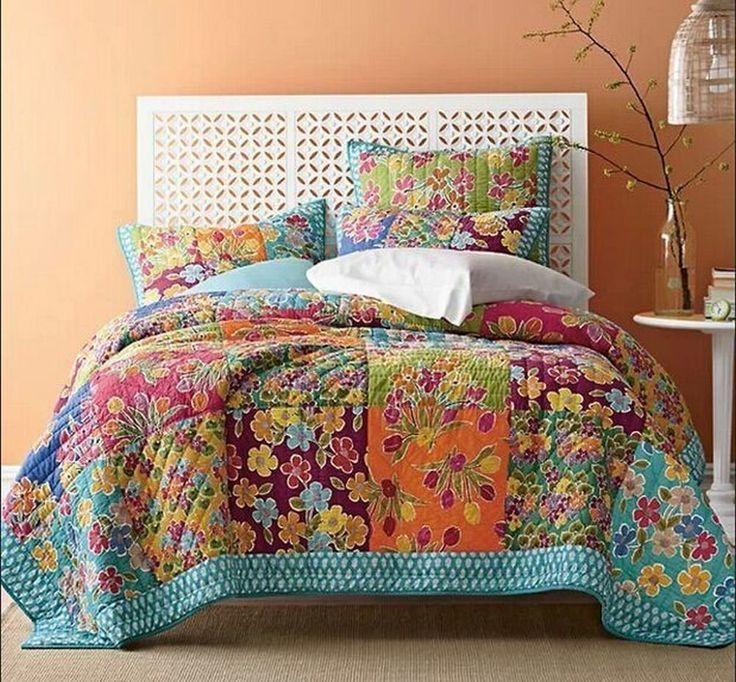 Art Deco design quilt. Such joyful colors.