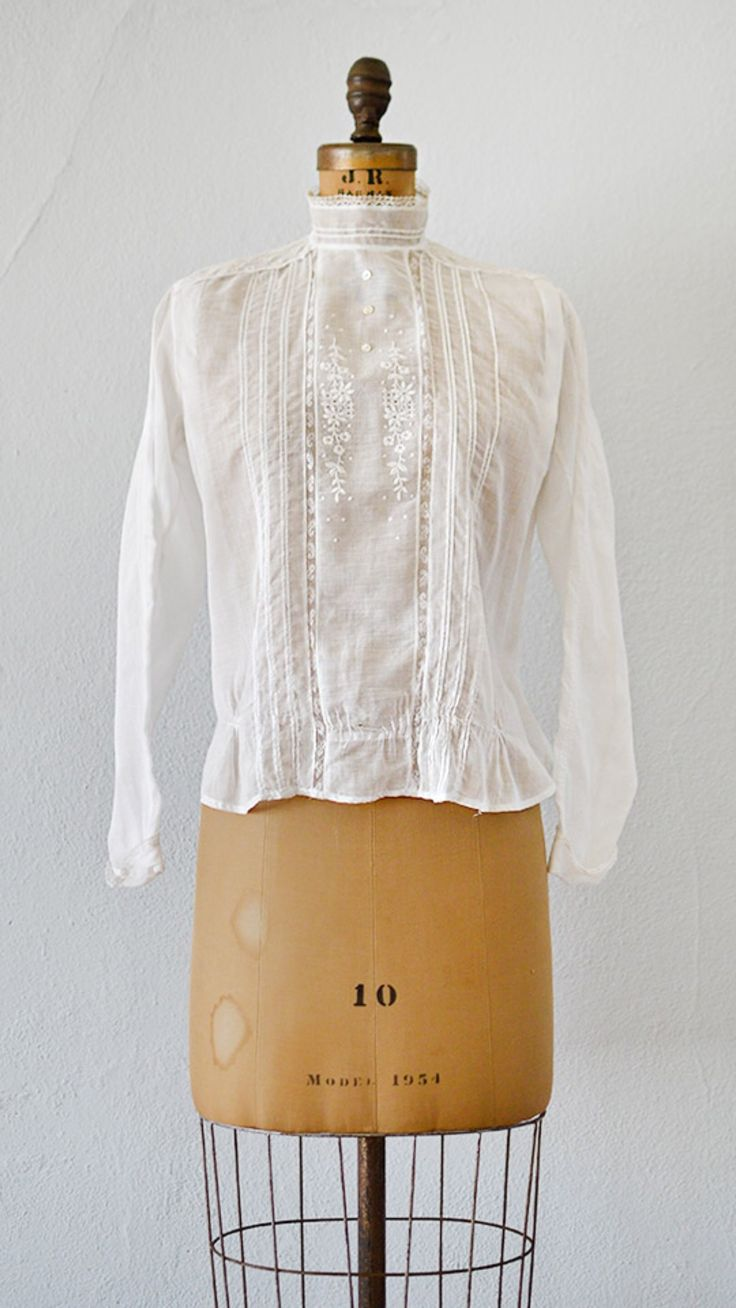 Lac du Bourget Blouse   antique Edwardian 1900s 1910s blouse from Adored Vintage #antique #edwardian #1910s