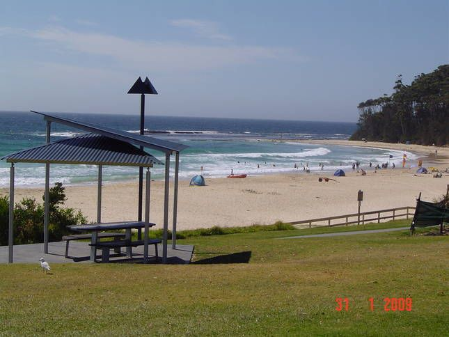 Breeze in Mollymook, by OzeHols. Holiday in Mollymook and you will want to come again. #beach #holidays #travel #vacation www.OzeHols.com.au/2