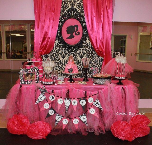 "Photo 1 of 19: Vintage Barbie / Birthday ""Chloe's 5th Birthday Party"" | Catch My Party"