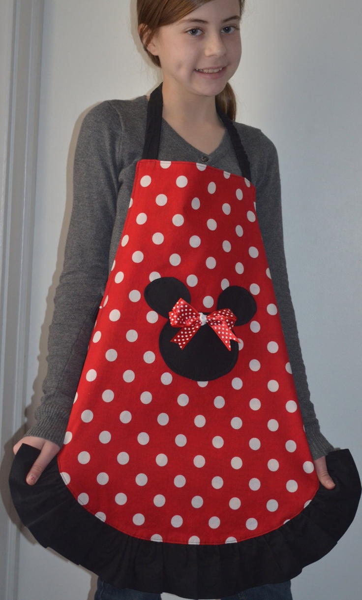 Teen Apron, Minnie Mouse reversible with a Ruffle. $17.00, via Etsy.