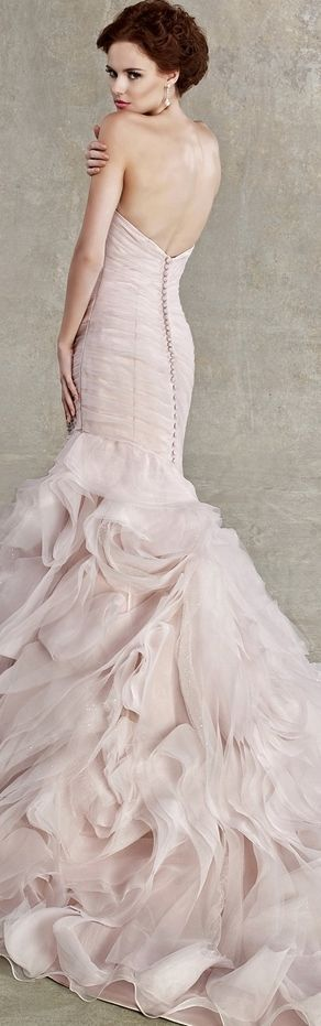 I love the ruffles/ mermaid style!! This would be very nice for a wedding dress or for bridesmaids!