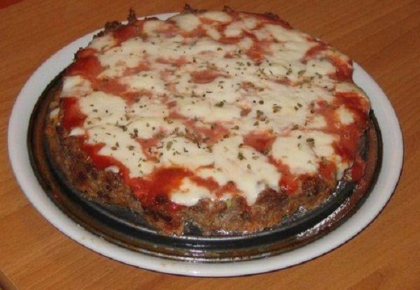 La pizza di carne è uno dei piatti della nostra tradizione. La ricetta...