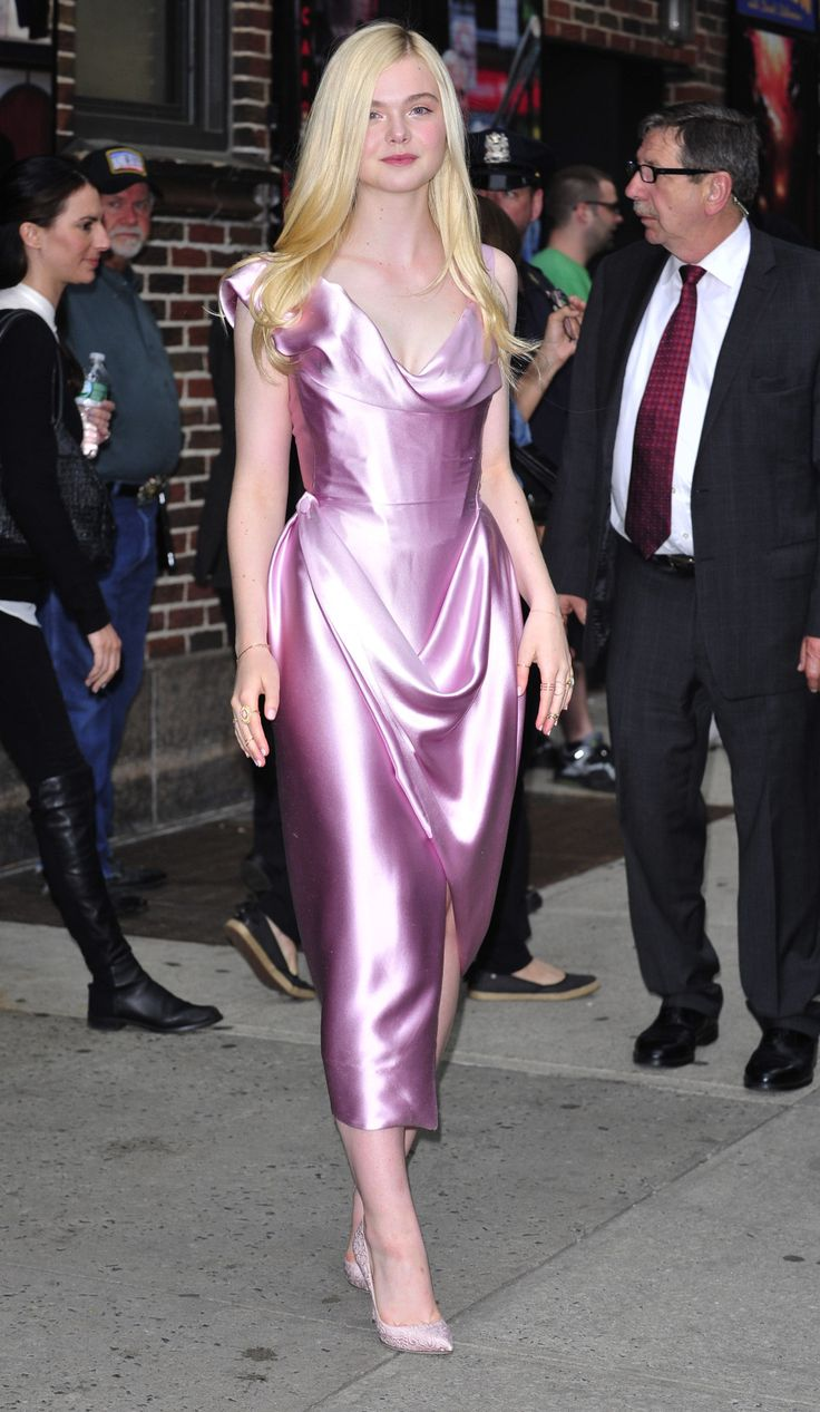 Elle Fanning Pretty In Pink In New York - http://oceanup.com/2014/05/15/elle-fanning-pretty-in-pink-in-new-york/