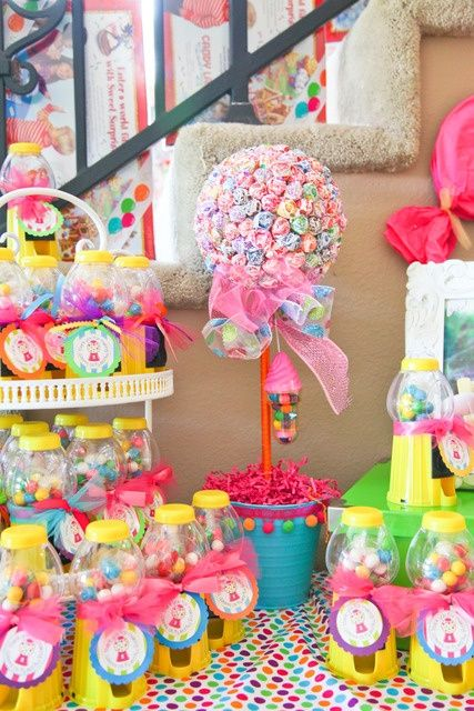 Candyland party display- love the sucker treee! and the bubble gum dispensers as decorations