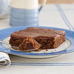 Party-Perfect Sheet Cakes | Texas Sheet Cake | SouthernLiving.com