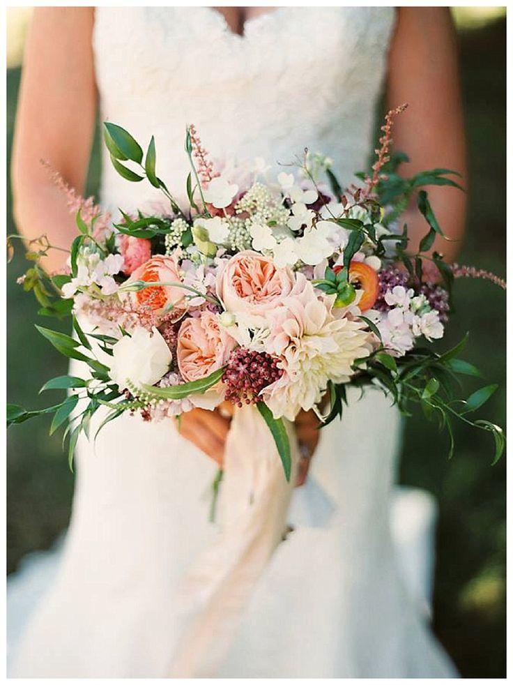 Bridal bouquet Juliet Roses astilbe italian ruscus cafe au lait dahlias ranunculus stock