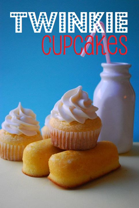 Twinkie Cupcakes! These sweet and fluffy cupcakes feature a moist, buttery yellow cake filled with a sweet marshmallow cream filling and topped with marshmallow buttercream. Like the classic snack cake but BETTER! More Twinkie Cupcake Recipe, Cupcake Rosa-Choqu, Cakes Cupcake, Sugar Free Cupcake Recipe, Twinkie Cupcakes, Food, Sweet Tooth, Domestic Rebel, Cups Cakes Food! :) Twinkie Cupcakes. Hostess is gone so make a cup cake Twinkie Cupcakes recipe | The Domestic Rebel Hello sweet tooth