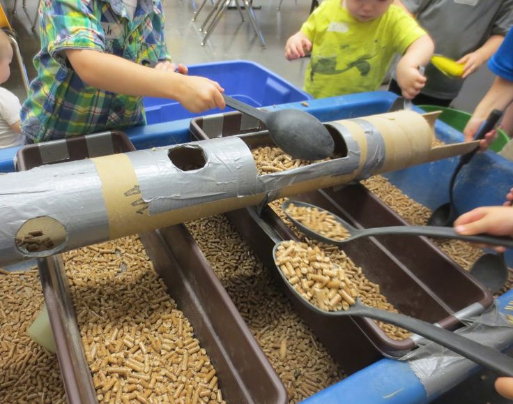 SAND AND WATER TABLES: CARDBOARD TUBE AND TRAYS