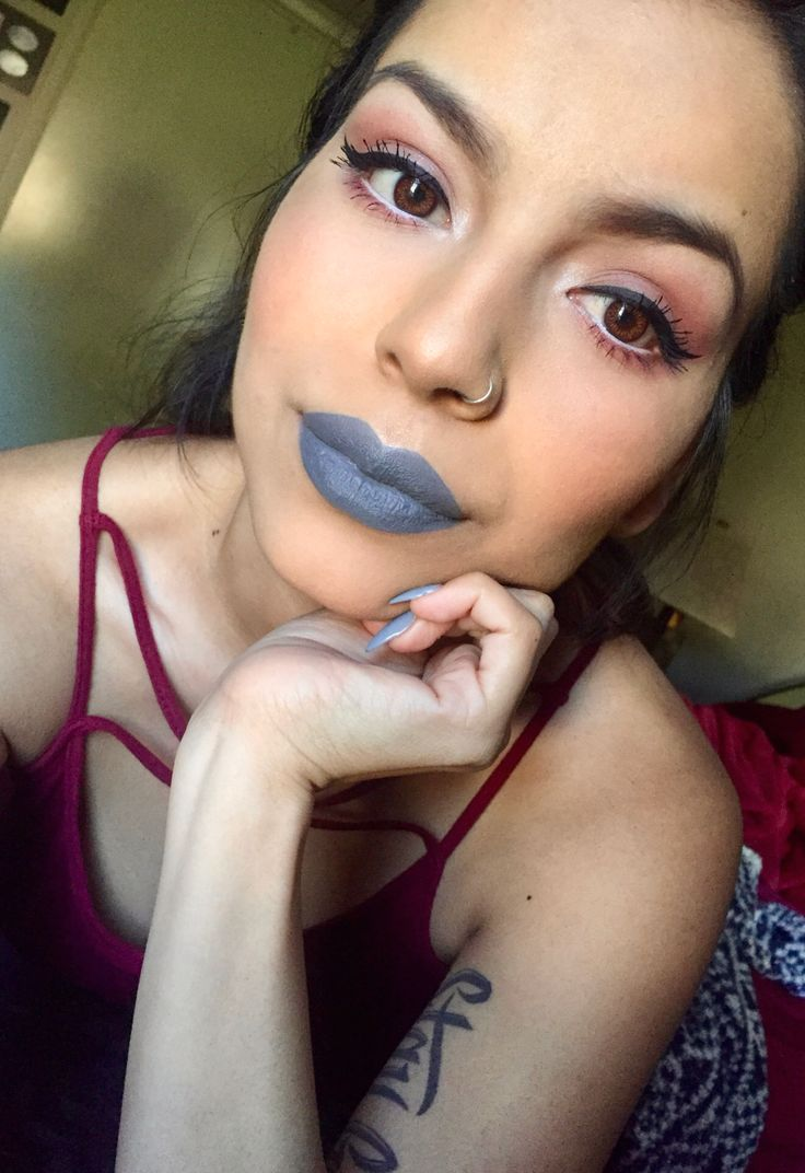 Simple look using mac myth lipstick with nyx stone fox over top. #nyxlipstick#nyxcosmetics#macmyth#nyxstonefox#motd#simplelook#makeup#greylipstick