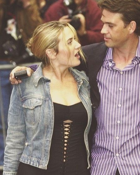 Kate Winslet and Dougray Scott at the Enigma Premiere, during the Edinburgh International Film Festival in 2001 👌🏻😘 | #katewinslet #dougrayscott #actors #redcarpet #enigma #premiere #movie #edinburgh #filmfestival