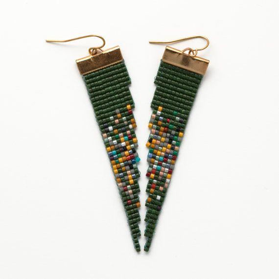Moïse / / métier à tisser perles Boucles d'oreilles / / émeraude et multicolore / moderne / bijoux