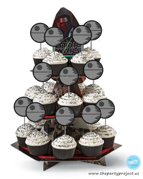 Death Star party printables - DIY Cupcake toppers | Perfect for your next Star Wars party! //// Imprimibles fiesta Star Wars - Decoracion Estrella de la muerte para cupcakes!