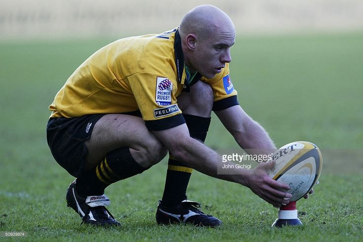 Harvey Biljon of London Wasps lines up a conversion during the Powergen Cup quarter final rugby match between London Wasps and Pertemps Bees at the Causeway Stadium on February 29, 2004 in High Wycombe, England.
