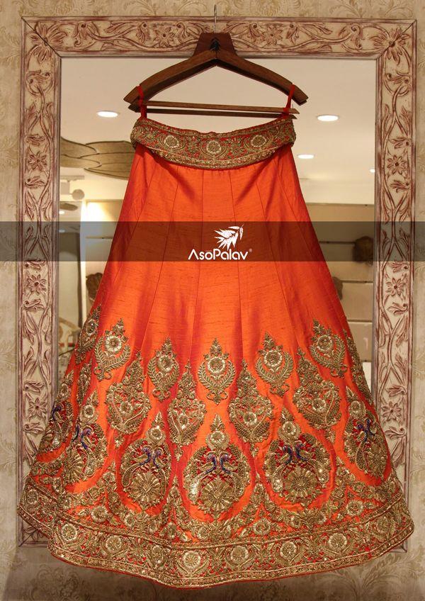 Re-defining #Granduer! #BeSpoke #BridesToBe #BridalLehenga #DesignerCollection #Granduer #Royal #elegance #elegantmotifs #ElegantBridalWear #Indianweddings #Indianfashion #BigFatIndianWeddings #Bridalwear #BridalElegance #NewGenerationBrides #IndianEthnicWear #bridalboutique #bridalinspiration #NRIBrides