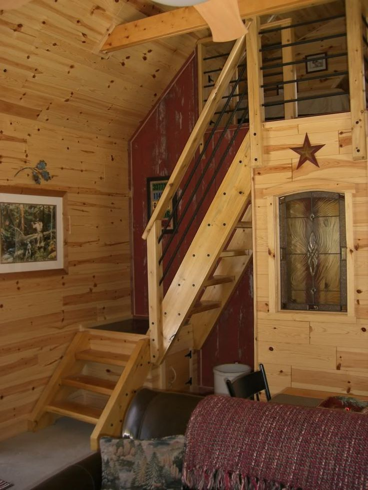 michigan 20 x 34 1 12 story new interior pics cottage stairstiny house - Tiny House Stairs 2