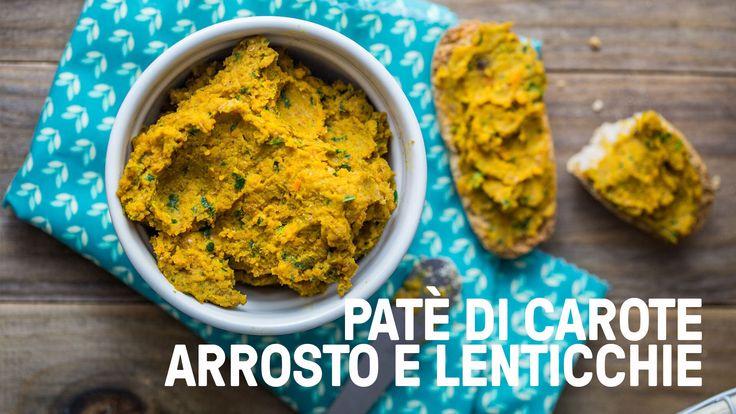Questo paté di carote arrosto e lenticchie è perfetto accompagnato a dei crostini integrali come secondo piatto leggero