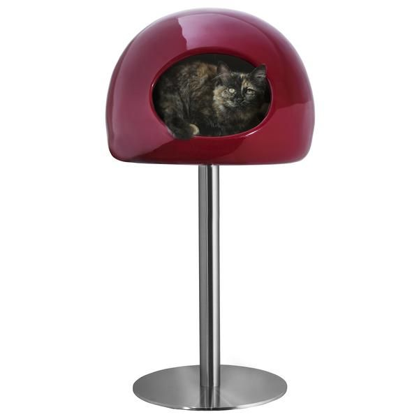 Created by London designer Onur Ozkaya for Fellipet, your cat will naturally love the enclosed comfort of the Lollipop House. Lollipop is the perfect perch for napping and lounging, while also being a stylish addition to your home.