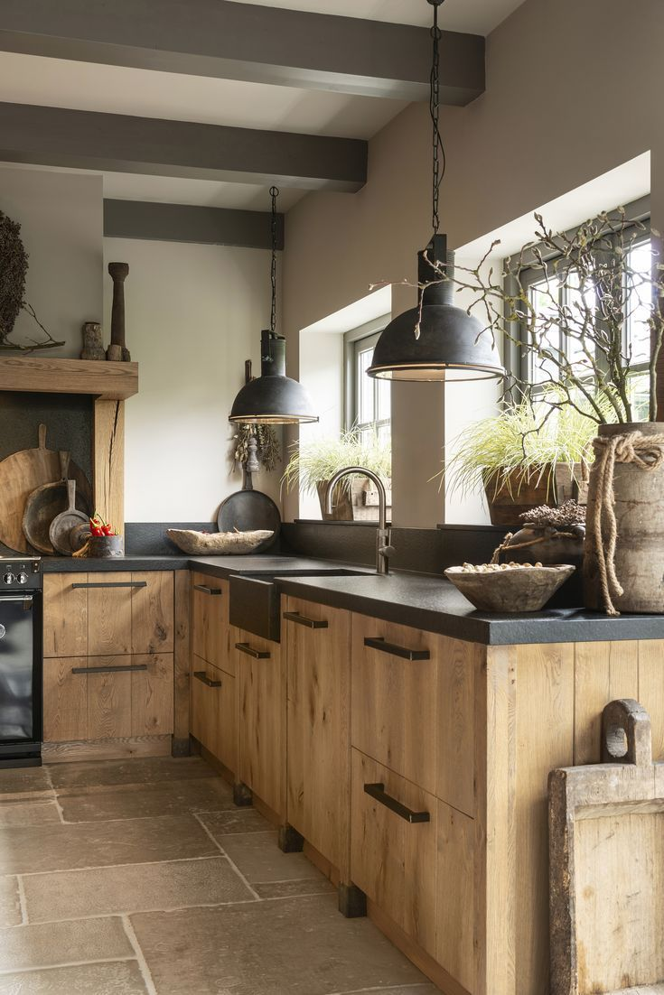 Family Kitchen In Oak Aging Kitchen Inspiration Design Rustic