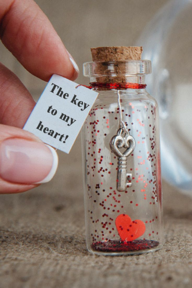 Personalized Gift for Girlfriend Message in a Bottle Gift  for Boyfriend Key to my Heart Love Greeting Card for Her Unusual Card for Him I Love You Gift For Him #boyfriendgiftsideas