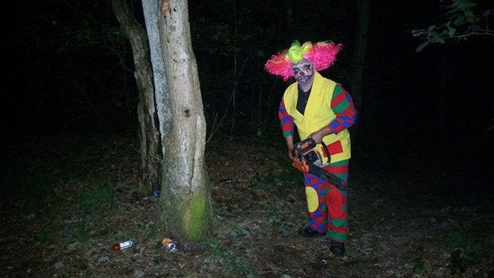 1-8-2015: spooktocht in het bos op de camping ...zoooo griezelig!