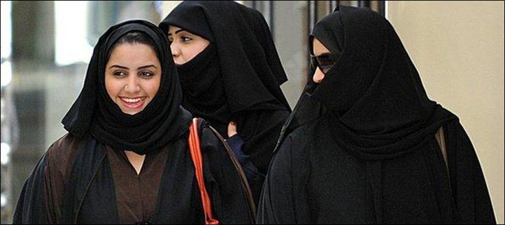 سعودی عرب میں خواتین کو مٹھائی کی دکان پر کام کرنے کی مشروط اجازت