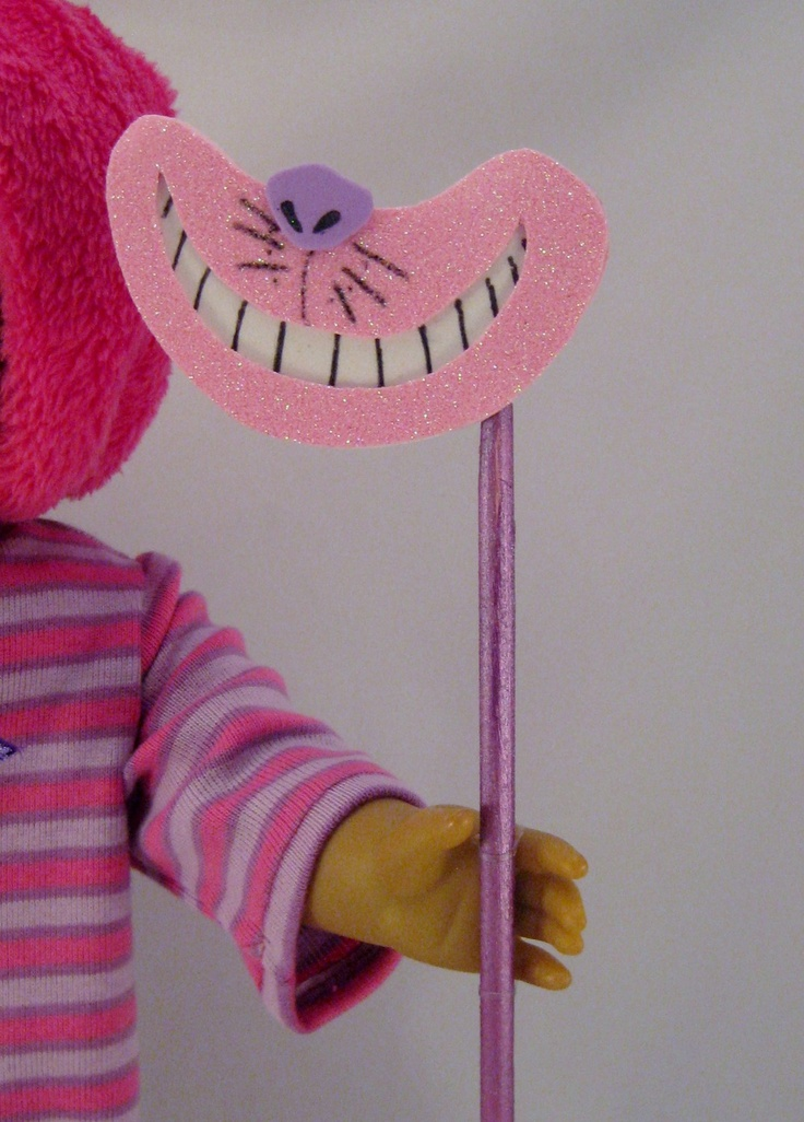 Cheshire Cat mask for Alice in Wonderland party if they have hand he'd mics
