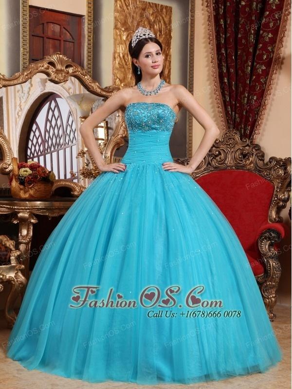 10 best quincenara images on Pinterest | Ball dresses, Ball gowns ...
