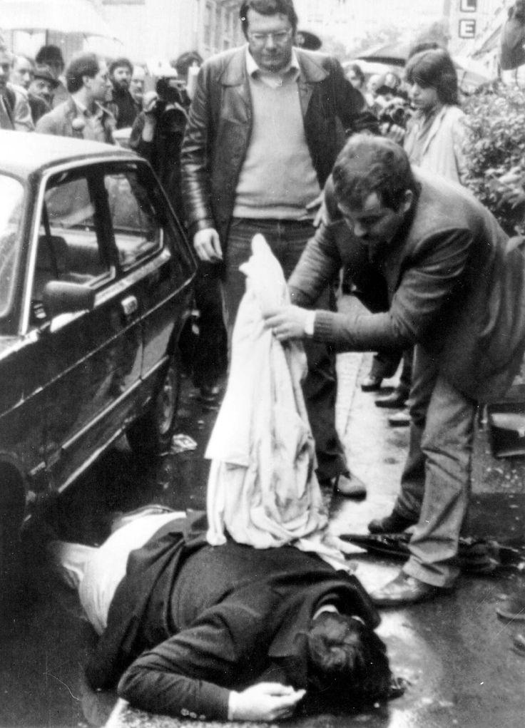 Walter <Tobagi  giornalista 28 maggio 1980,  venne trucidato da un commando di sei terroristi, appartenenti alla Brigata XXVIII marzo, gruppo armato di estrema sinistra.